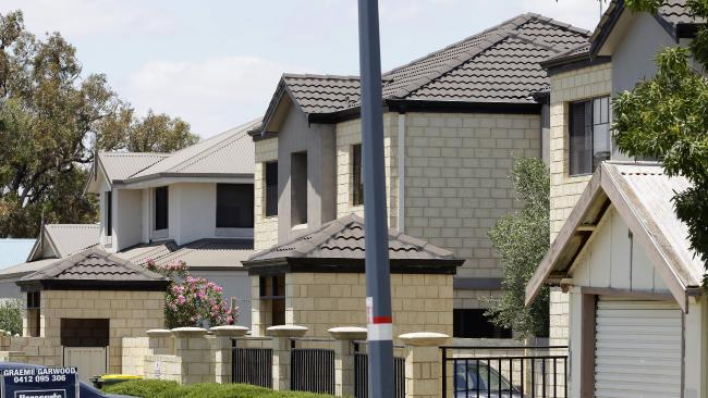 NAB predicts Perth house prices will fall 3 to 5 per cent in 2016 as economy 'close to recession'